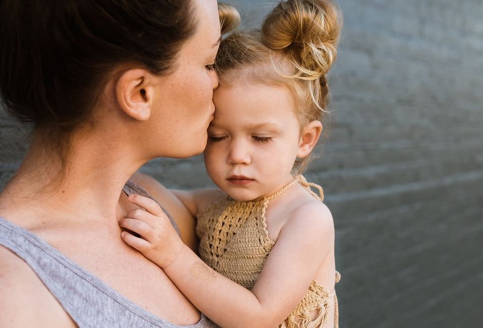 5 Signs Of Separation Anxiety In Toddler And How To Remedy Them